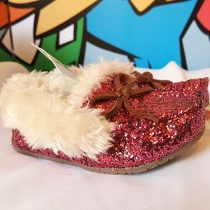 Fancy Baby Shimmering Rose Bow Fur Slippers Size 5
